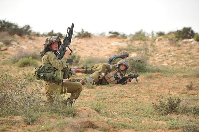 soldates du monde en photos - Page 7 7173