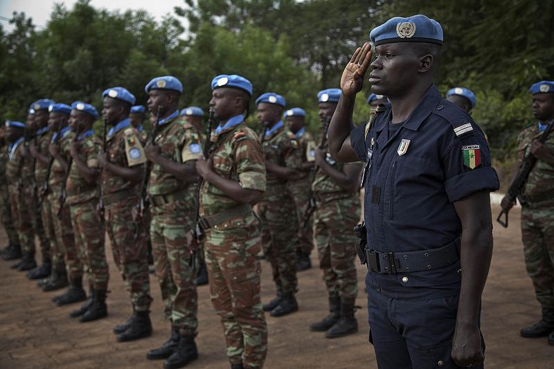 Armée Sénégalaise - Page 5 768