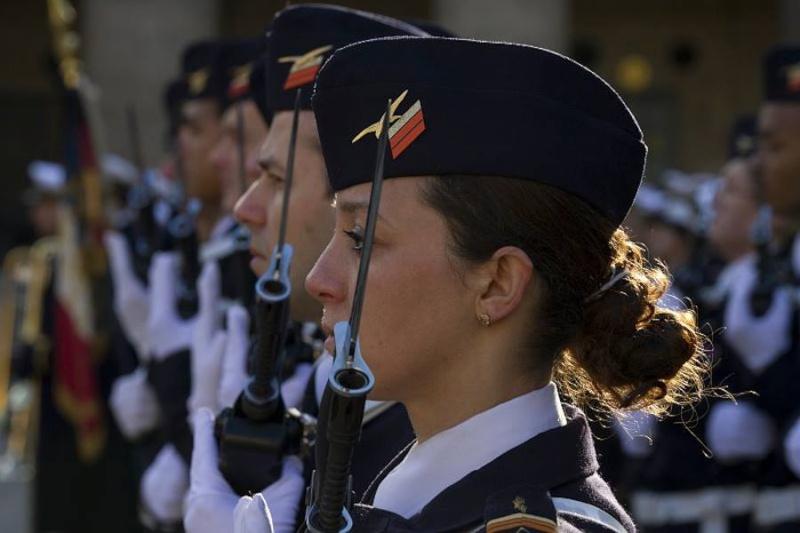soldates du monde en photos - Page 7 8110