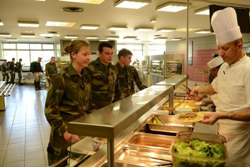soldates du monde en photos - Page 7 8124