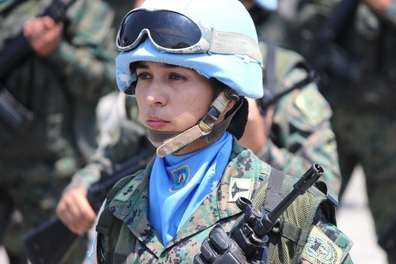 Armée Equatorienne/Fuerzas Armadas del Ecuador - Page 4 813