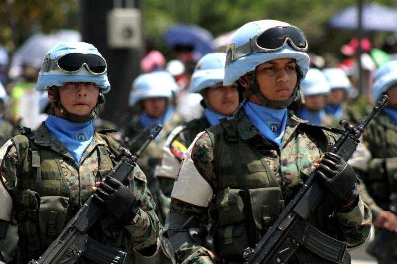 Armée Equatorienne/Fuerzas Armadas del Ecuador - Page 4 912