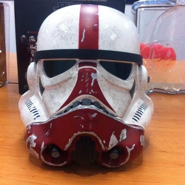 eFX Collectibles - Stormtrooper Incinerator helmet Img_1218