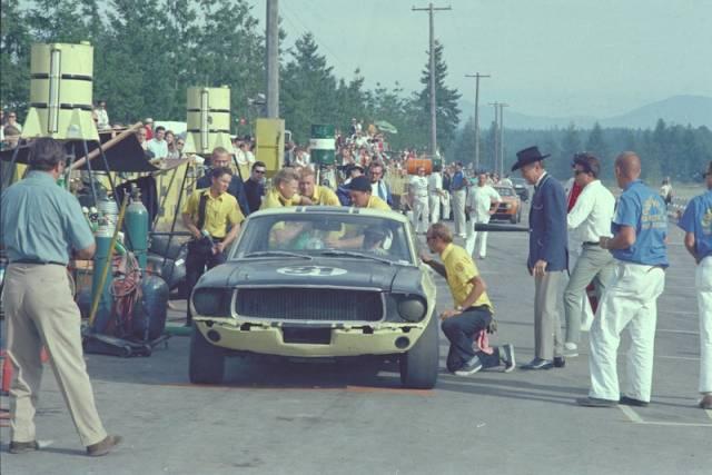 L'équipe de course Terlingua de Shelby-American en 1967 Terlin10
