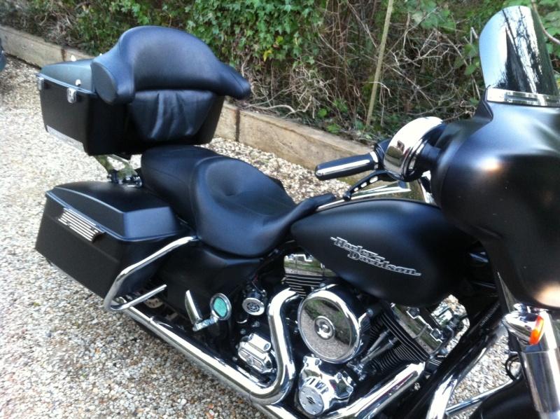 combien de STREET GLIDE  sur le forum Passion-Harley - Page 4 Photo_63