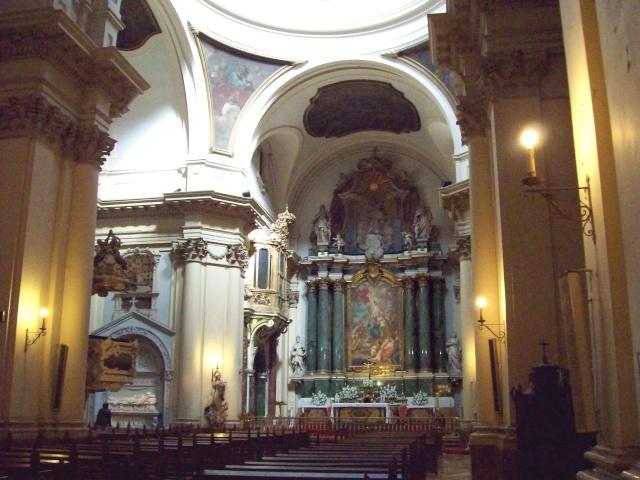 Dos iglesias cercanas en el Barrio de Justicia: San Pascual Bailón y Santa Bárbara  Iglesi10