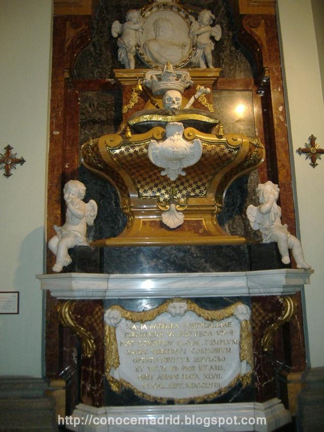 Dos iglesias cercanas en el Barrio de Justicia: San Pascual Bailón y Santa Bárbara  Iglesi11