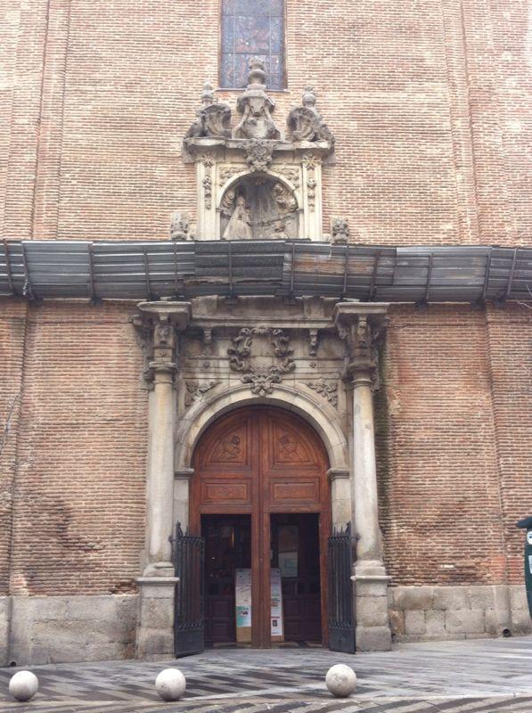 Tres iglesias cercanas a la Gran Vía Img-2012
