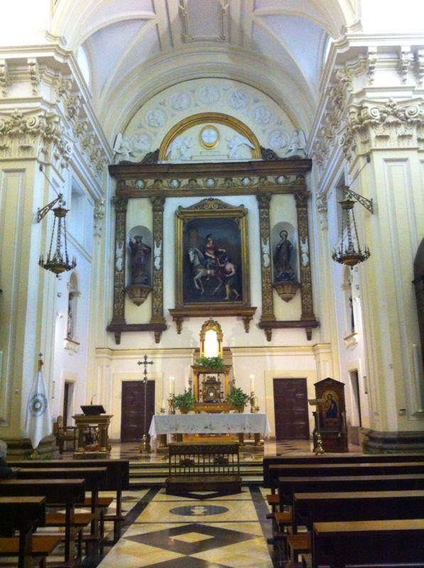 Tres iglesias cercanas a la Gran Vía Img-2013