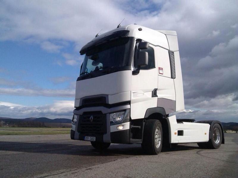 Mercedes-Benz rilascia la licenza alla SCS Software. Ora sono tre i camion in cantiere per ETS2! Midh7q10