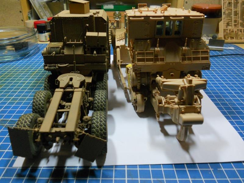 M1070 & M1000 Hobby Boss + photo-découpe E.T. Model 1/35  Dscn2422