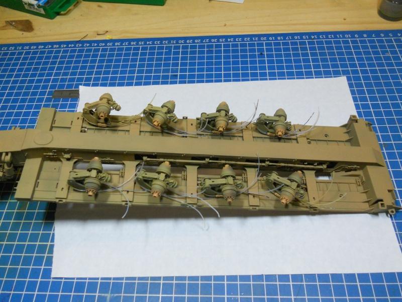 M1070 & M1000 Hobby Boss + photo-découpe E.T. Model 1/35  Dscn2447