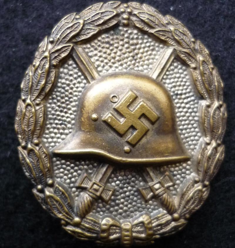 badge des blessés P1070344