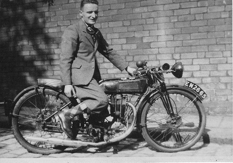 Motor Bikes Past and Present Bikes_10