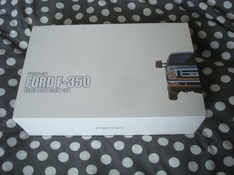 MENG 1/24 ford F350 duty crew cab 1999 Dsc08116