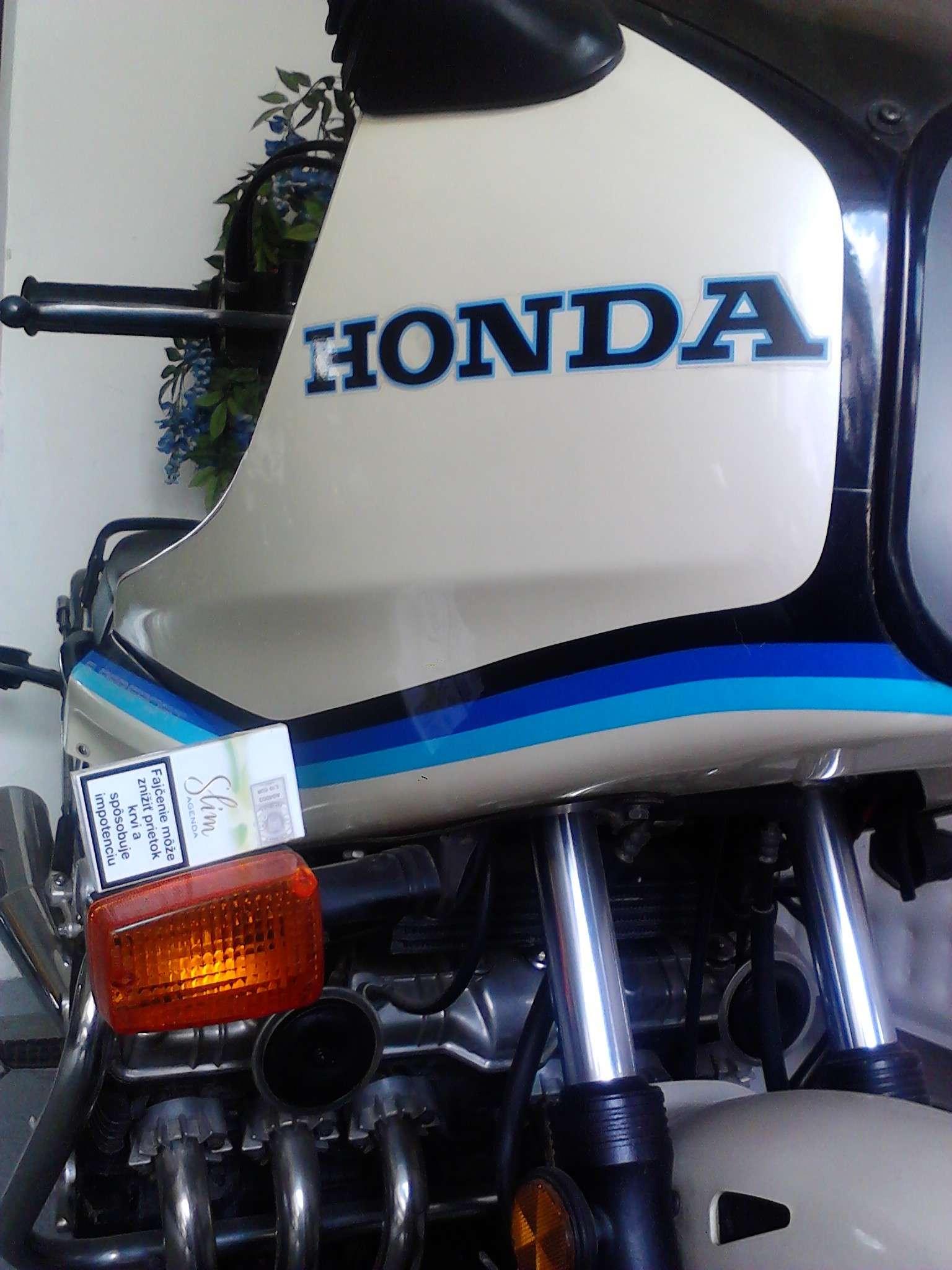 παρακαλω τη HONDA να τη ξανακατασκευασει Img_2013