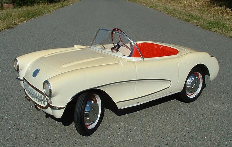 PEDAL CARS Corvet10