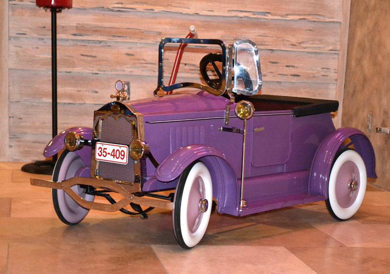 PEDAL CARS Modela10