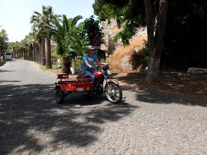 La moto en Turquie Dscf0412