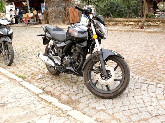 La moto en Turquie Dscf0413