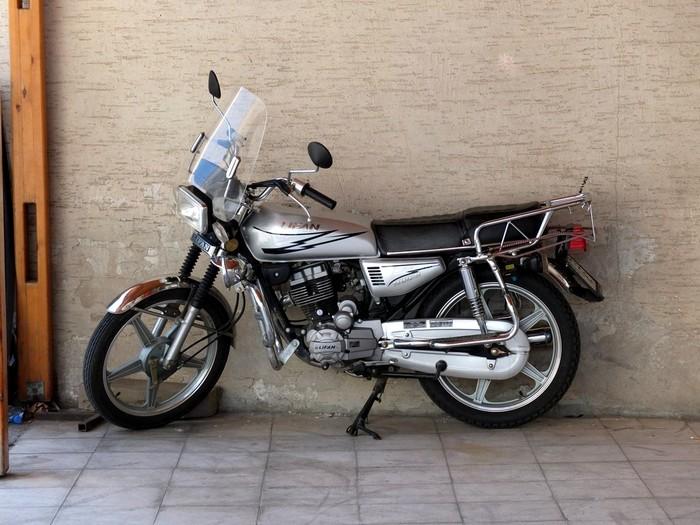 La moto en Turquie Dscf0611