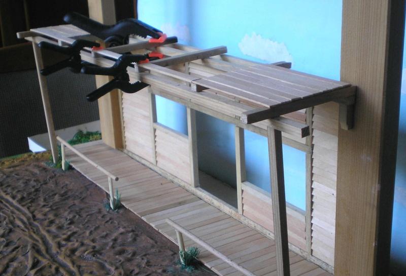 Bemalungen, Umbauten, Eigenbau - Gebäude mit Bodenplatten für meine Dioramen 003e1g10