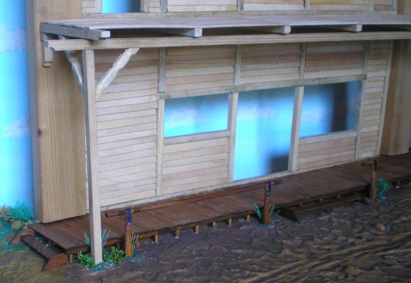 Bemalungen, Umbauten, Eigenbau - Gebäude mit Bodenplatten für meine Dioramen 003h3b10