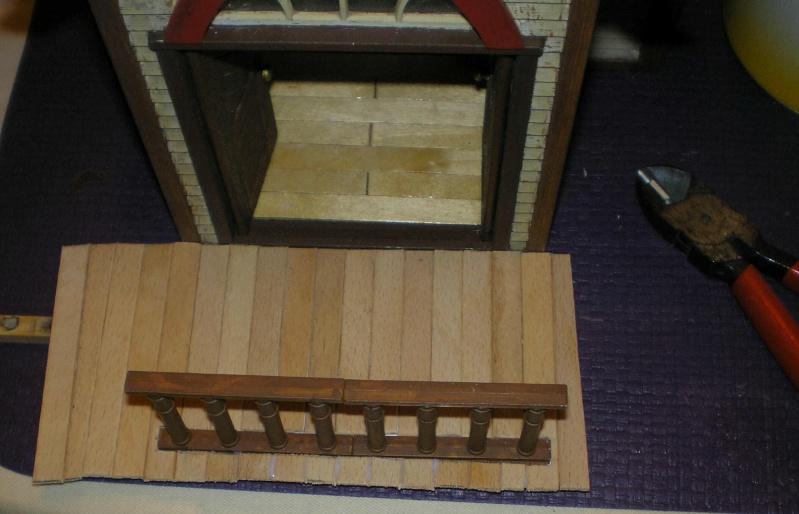 Bemalungen, Umbauten, Eigenbau - Gebäude mit Bodenplatten für meine Dioramen 004j2f10
