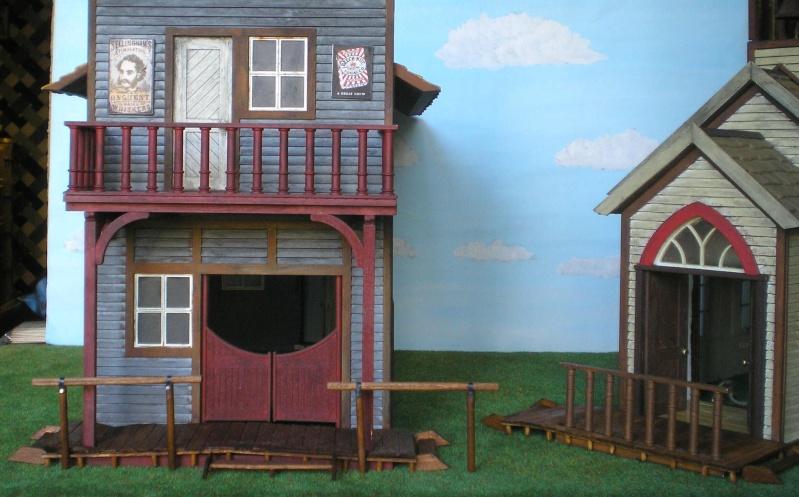 Bemalungen, Umbauten, Eigenbau - Gebäude mit Bodenplatten für meine Dioramen 004j6c10