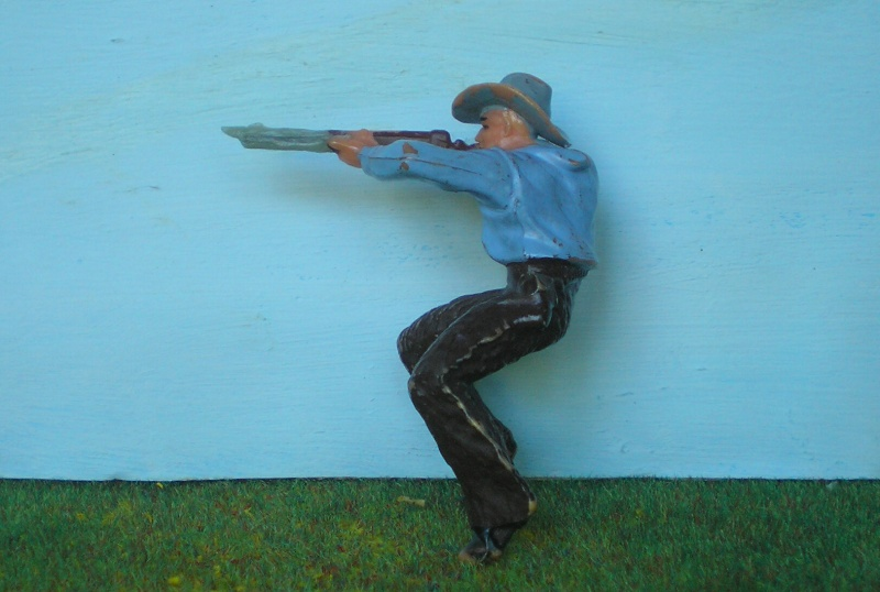 Bemalungen, Umbauten, Modellierungen - neue Cowboys für meine Dioramen 180n3_10