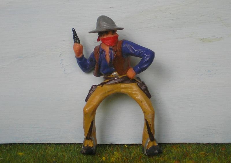 Bemalungen, Umbauten, Modellierungen - neue Cowboys für meine Dioramen 180o4a10