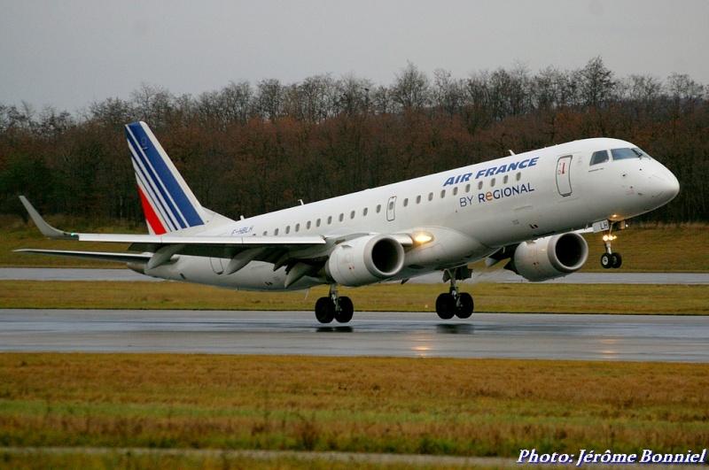 Aéroport de Bâle-Mulhouse le 20 décembre 2013 Imgp0318