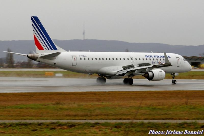 Aéroport de Bâle-Mulhouse le 20 décembre 2013 Imgp0319