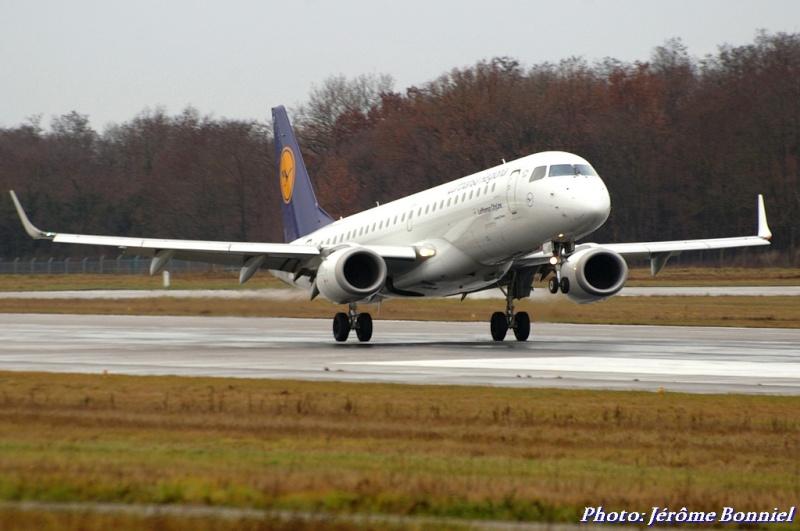 Aéroport de Bâle-Mulhouse le 20 décembre 2013 Imgp0414