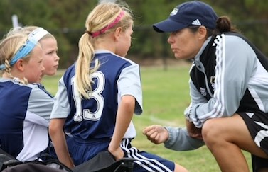Nice Article about Shannon MacMillan Shanno11