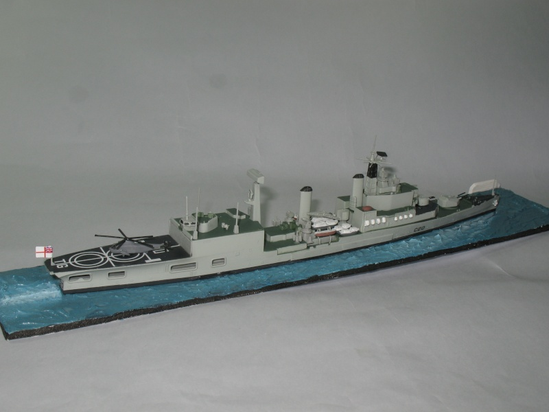 [Revell] HMS Tiger Img_0727