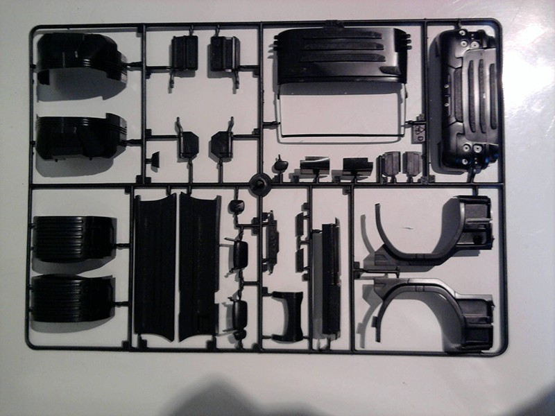 """Italeri Scania R730 V8 Topline """"Imperial"""" 1.24 04_20"""