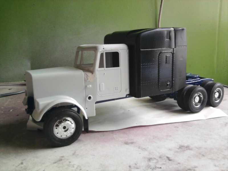 Revell Freightliner Conventional 1:24 Foto0730