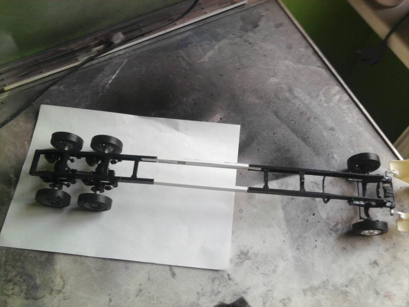 Peterbilt 379 mit 180 inch Sleeper 1:24 Foto0817