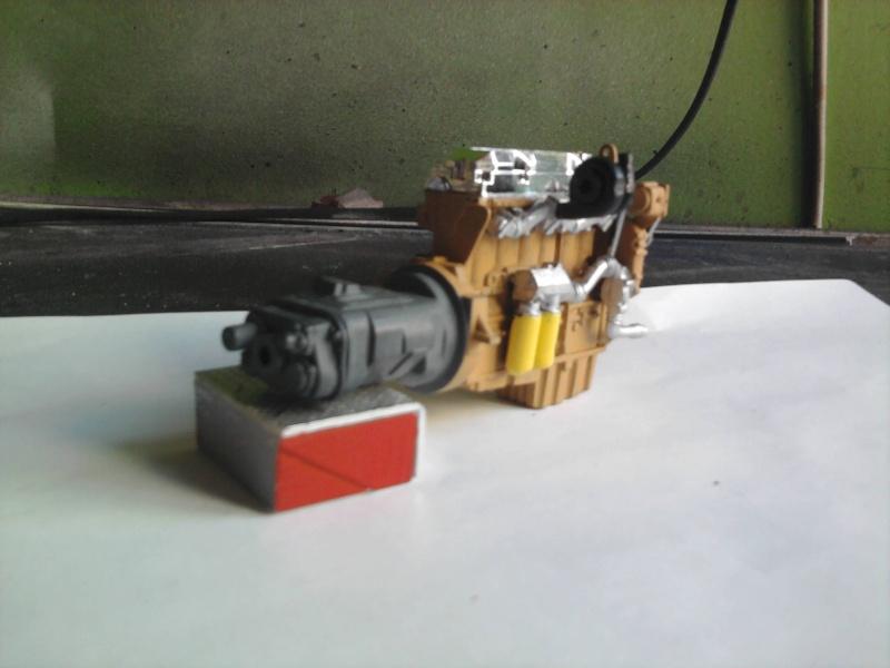 Peterbilt 379 mit 180 inch Sleeper 1:24 Foto0823