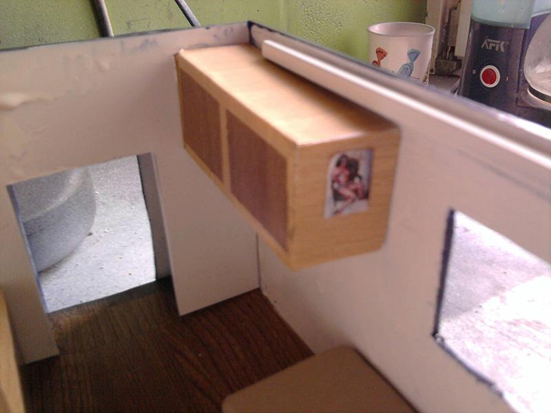 Peterbilt 379 mit 180 inch Sleeper 1:24 - Seite 2 Foto1011