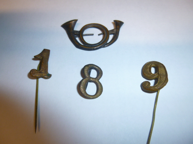 Divers insignes Insign13