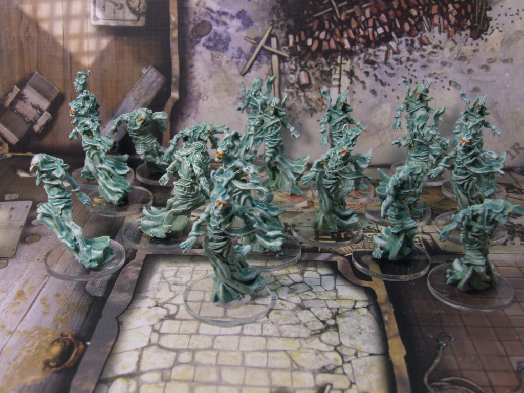 Zombicide Black Plague & Green Horde - Page 3 Spectr10