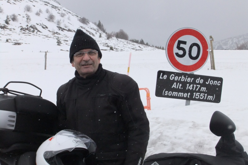 Sortie pré hivernale dans le cantal le 1er décembre 2016 Dscf4424