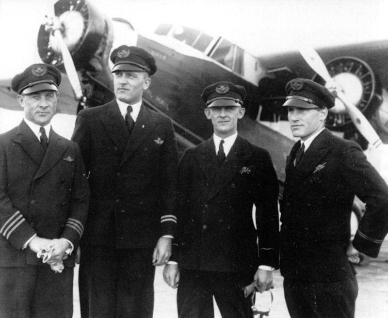 KLM : Koninklijke Luchtvaartmaatschappij (Niederlände) Bemann11