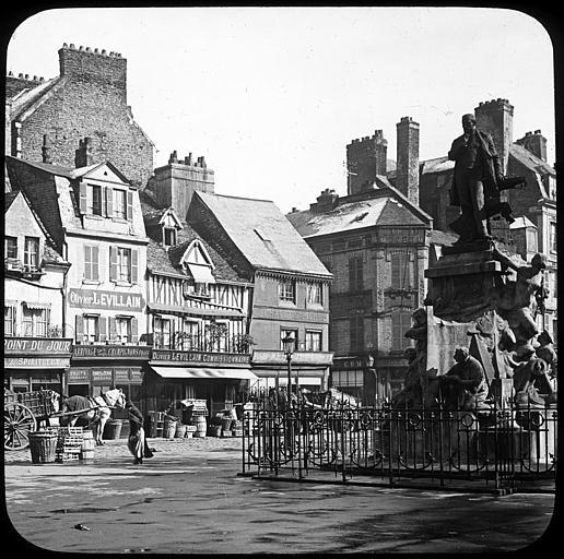 Le Havre - Place du Vieux Marché Le_hav18