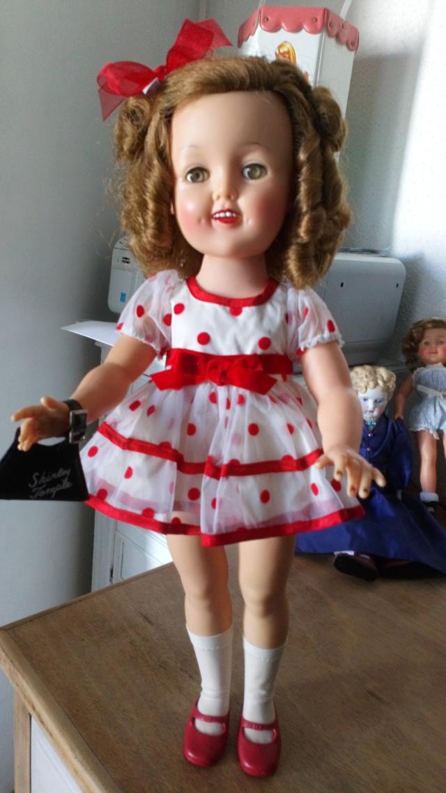 Ideal Toys : Shirley (composition et vinyle) - Mise à jour : 08/08/18 - Page 6 Dsc_0931