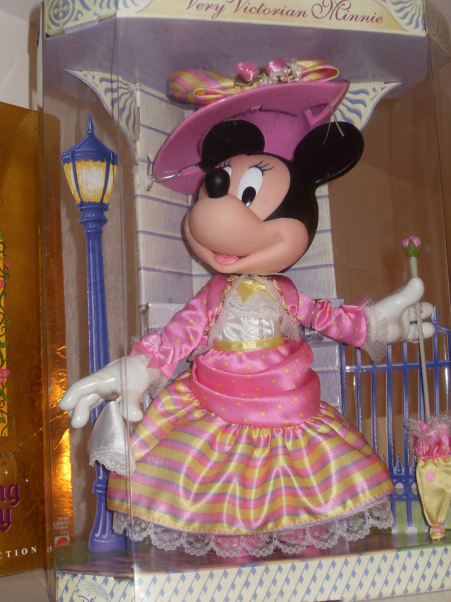 Minnie Mouse : The main attraction  Sdc13210