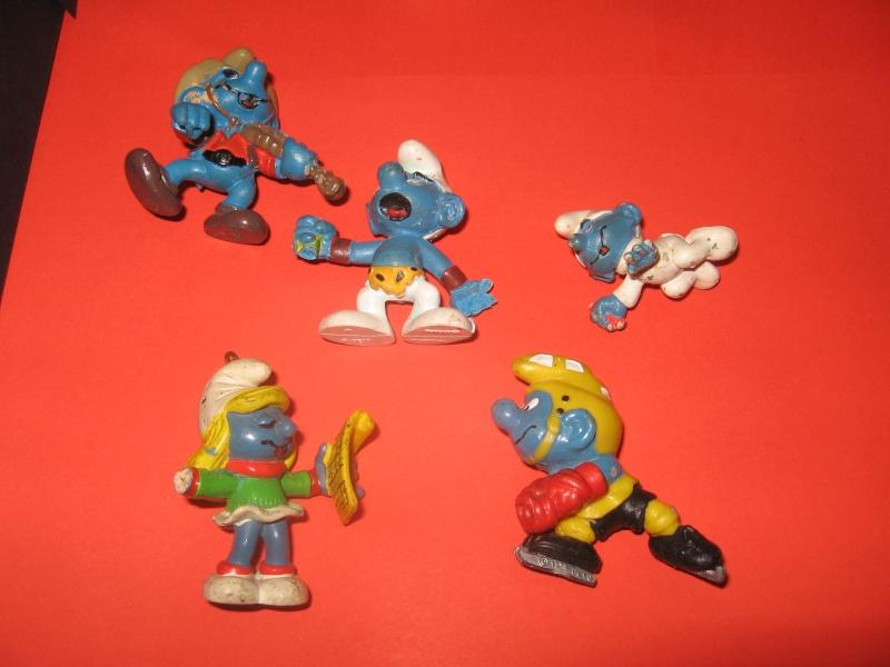 Puffi e altri personaggi in PVC Img_2944