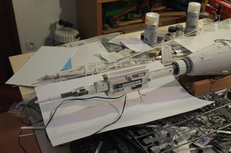 Fregate de combat au 1/200 - Page 2 Dscf5110